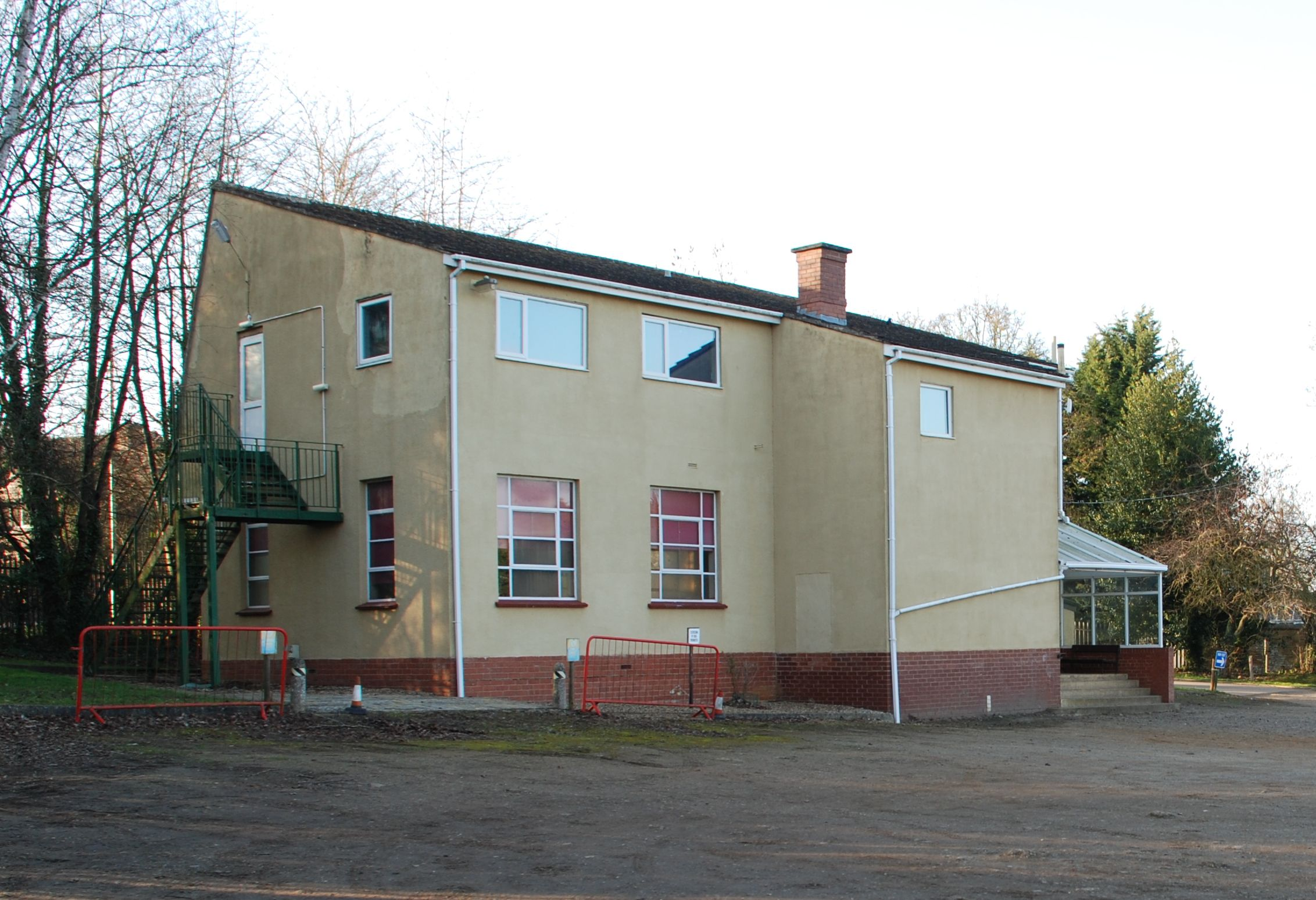Pack Holiday Centre front